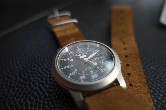 seiko watch with brown leather strap